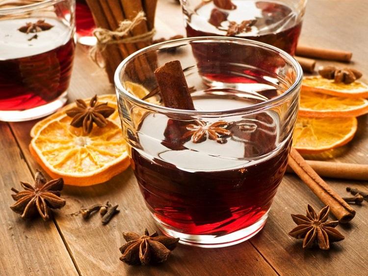 stockfresh_2247841_mulled-wine_sizeS