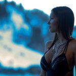 Az osztrák síparadicsomban készültek szexi fotók ÉNB Alexáról